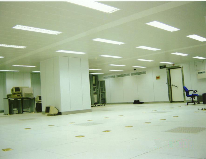 C级钢板焊接式亚博足彩APP室