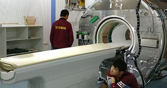 飞利浦1.5T磁共振英国威廉希尔公司APP室