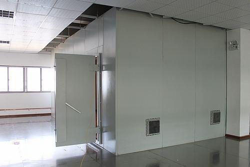 建设电磁英国威廉希尔公司APP机房都有啥作用你晓得吗?还不快来听宏宇给你说一说吧。